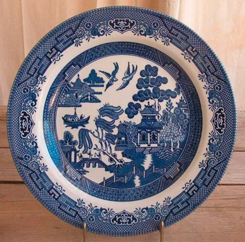 Click to see one of the dinner plates I sold on eBay so that you can see the pattern up close. & Selling China on eBay u2013 From the Grocery Store? | The Queen of Auctions