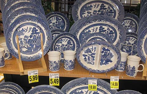 Selling China on eBay – From the Grocery Store? | The Queen